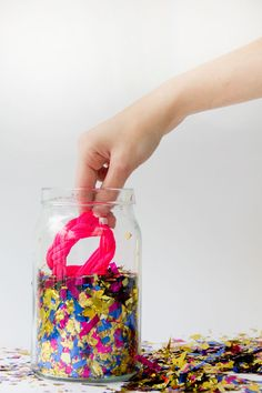 DIY confetti decorations